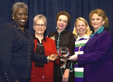 michigan-state-coordinators-receiving-the-american-council-on-education-state-network-leadership-award